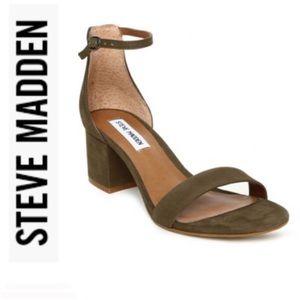 🍍Steve Madden Irene Sandal in Olive Size: 8